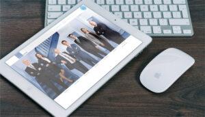 Webseite Advotech, Tablet-Ansicht