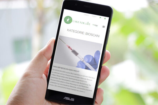 Webseite Care for Life, Mobile-Ansicht