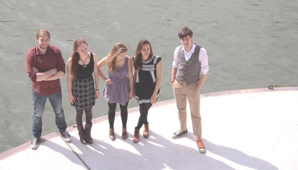 Bandfoto von «Serafyn». Lucas Löw, Alexandra Werner, Anna Erhard, Anja Waldkircher und JJ Löw (v.l.n.r)